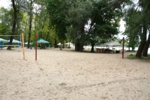 поле для волейбола в аренду