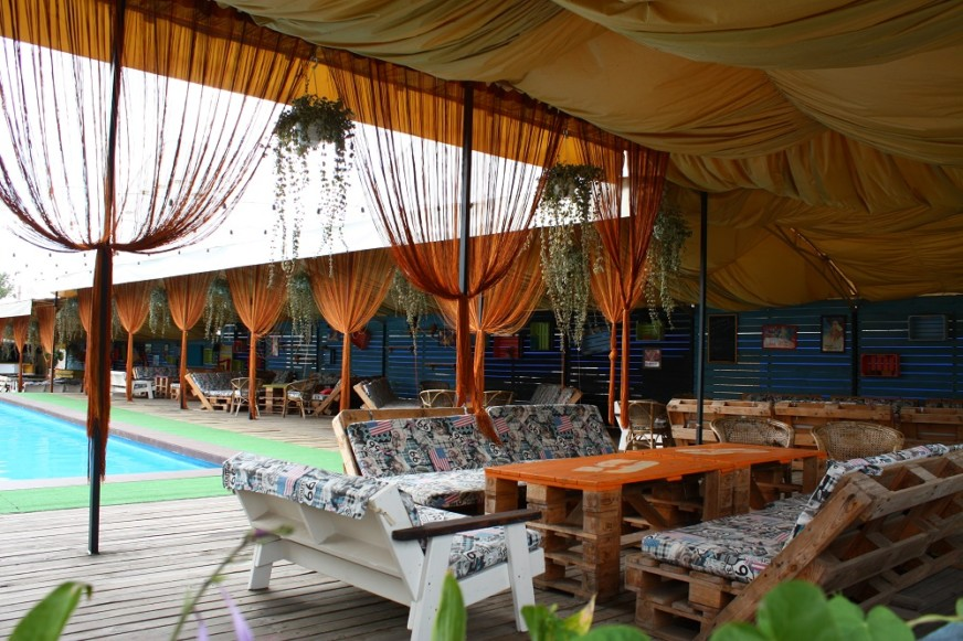 Shaka Bar picnic